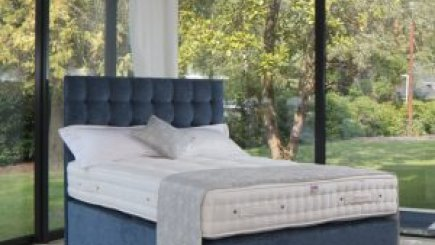 A 3000 Pocket sprung bed with titan headboard